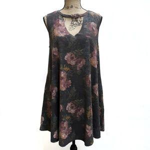 Jodifl tank dress with pockets sz L roses choker